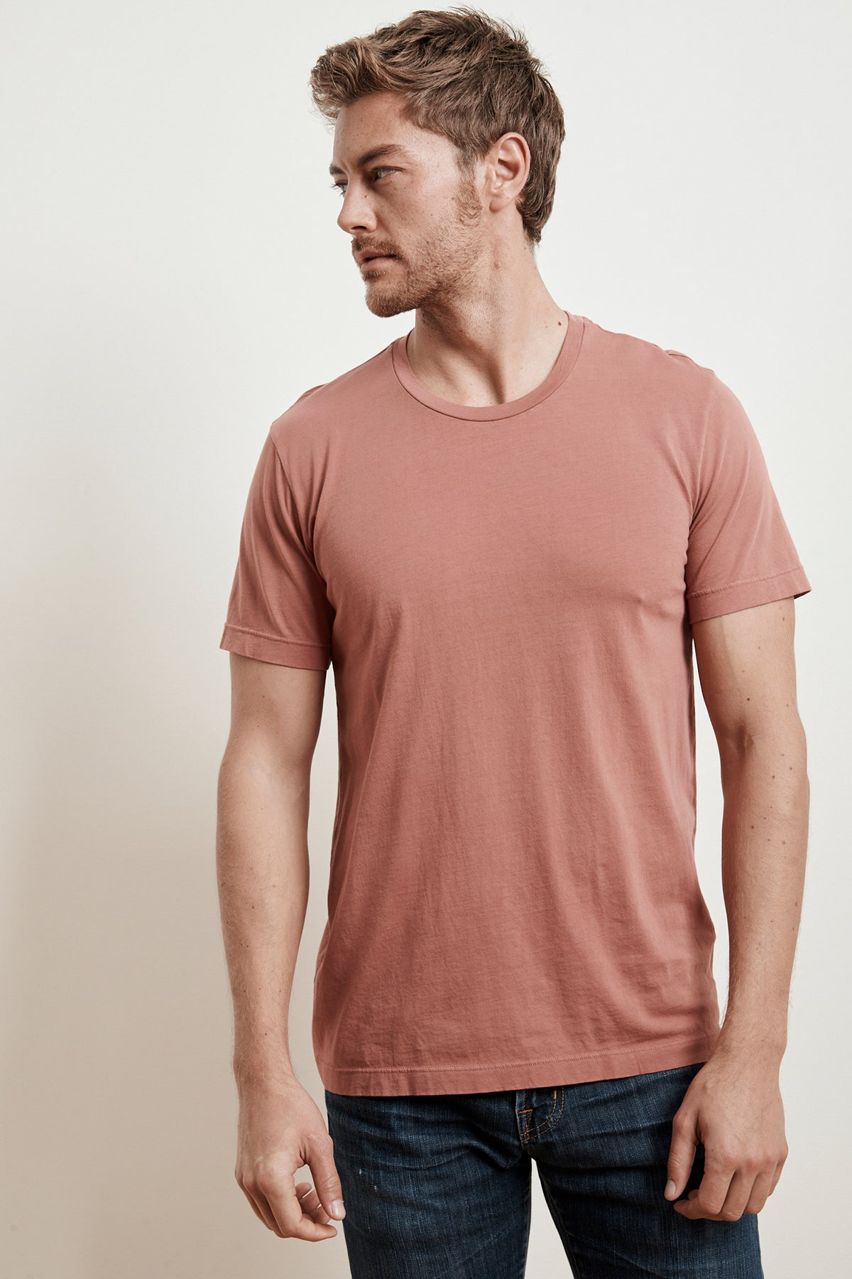 HOWARD WHISPER CLASSIC CREW NECK TEE
