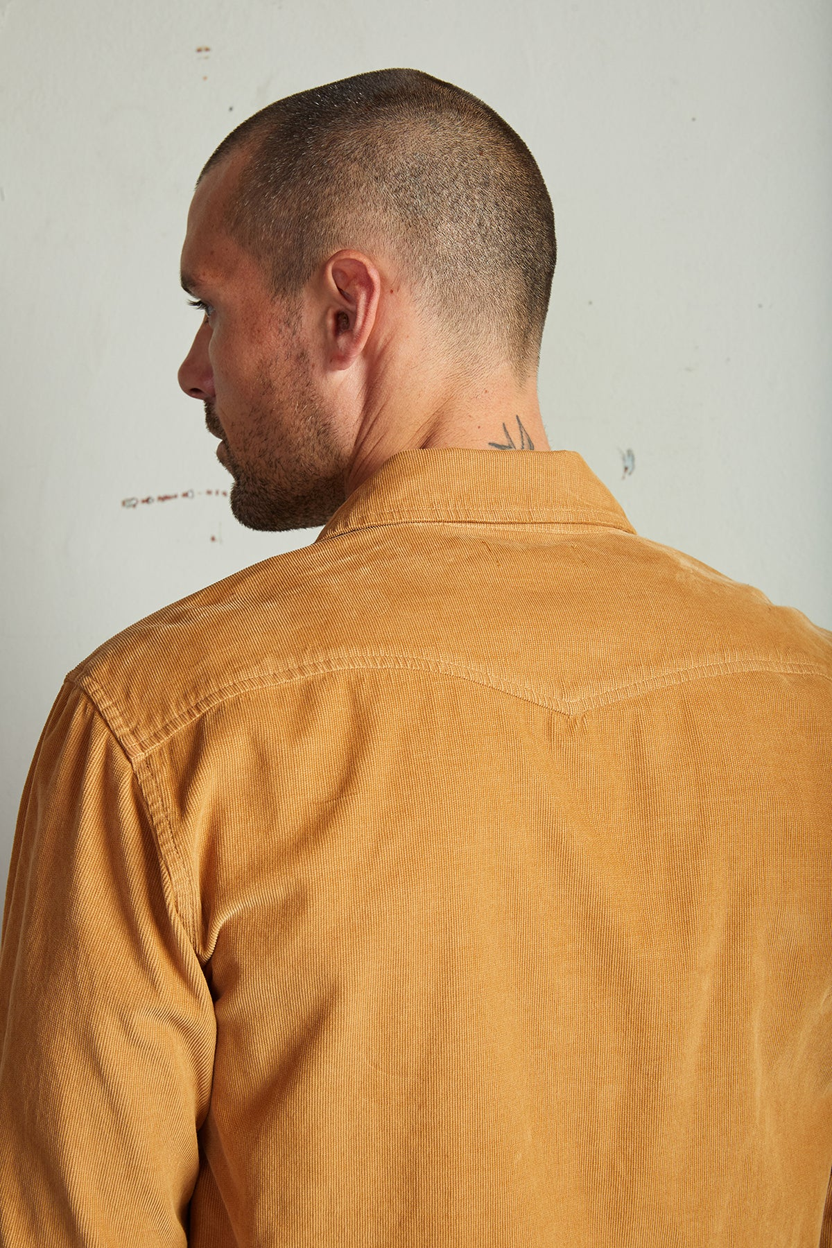 CAREY CORDUROY BUTTON-UP SHIRT
