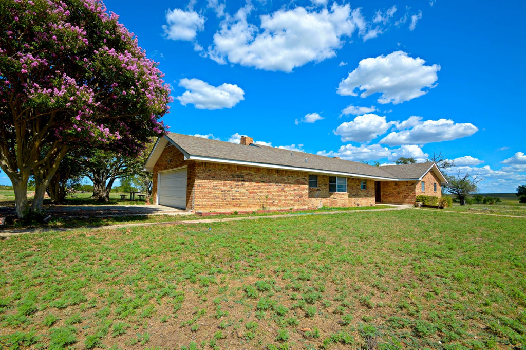 "SOLD! ""Savannah Ridge Home"" Large 5 Bedroom Home on 20+/- Acres in Lampasas County Texas"