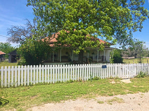 2 Bedroom 1 Bath Home on 1.39+/- Acres in Adamsville Texas