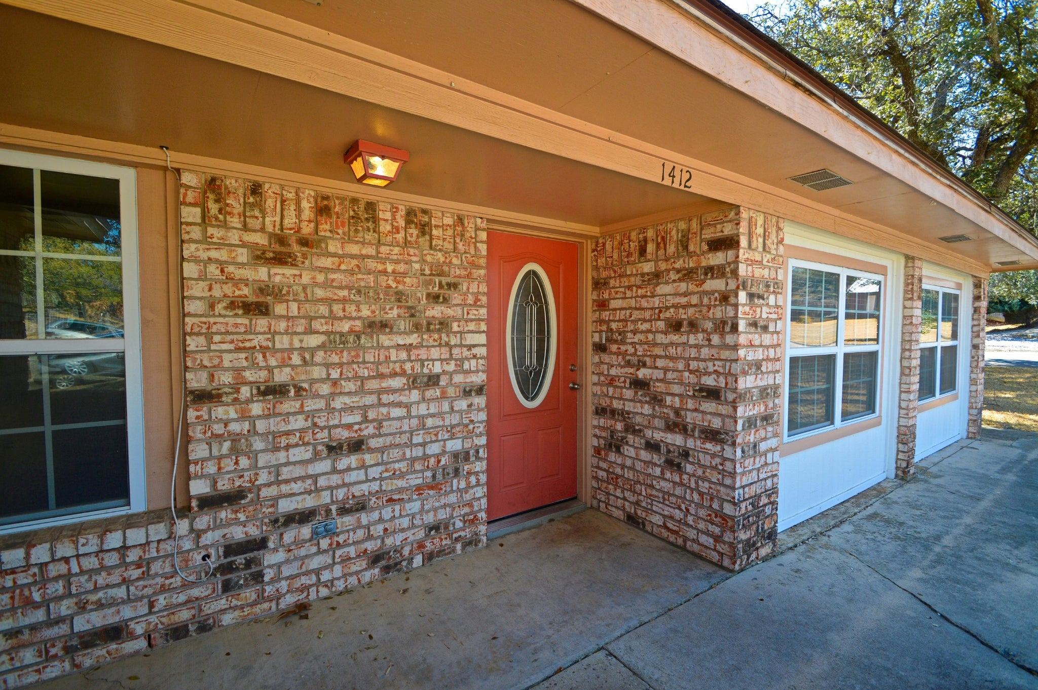 SOLD!  3 Bedroom 2 Bath Brick Home at 1412 West Ave C ,  Lampasas Texas