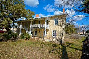 """Hart House""  Historic Stagecoach Stand & Hotel in Lampasas Texas"