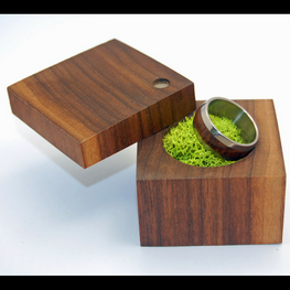 Walnut Ring Box