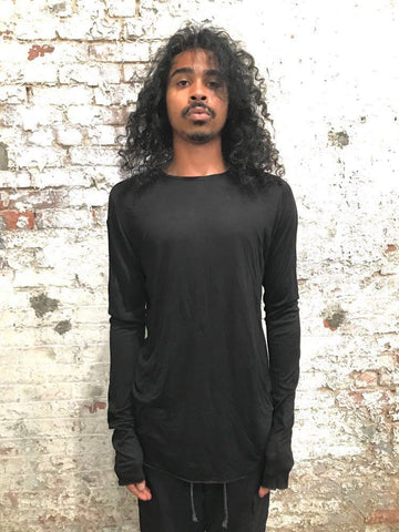 FAULTED SHOULDER LONG SLEEVE TEE SHIRT || BLACK