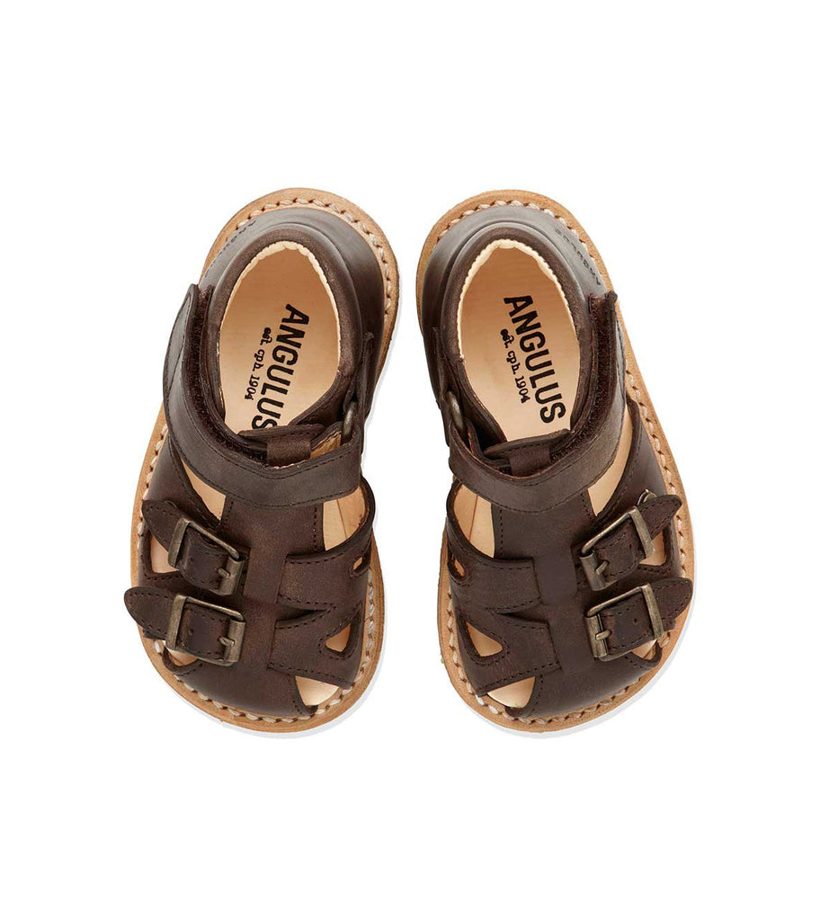 Sandal w. closed toe
