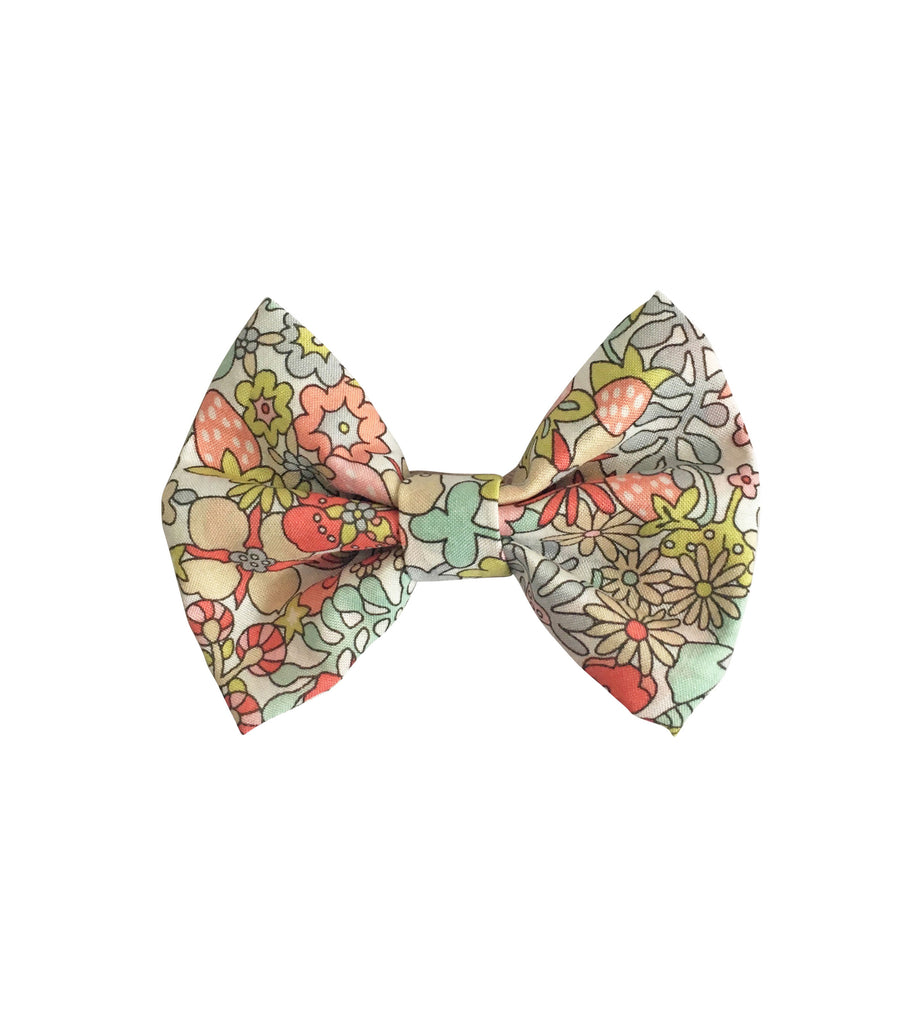 Small Bowtie Bow Flower Tops