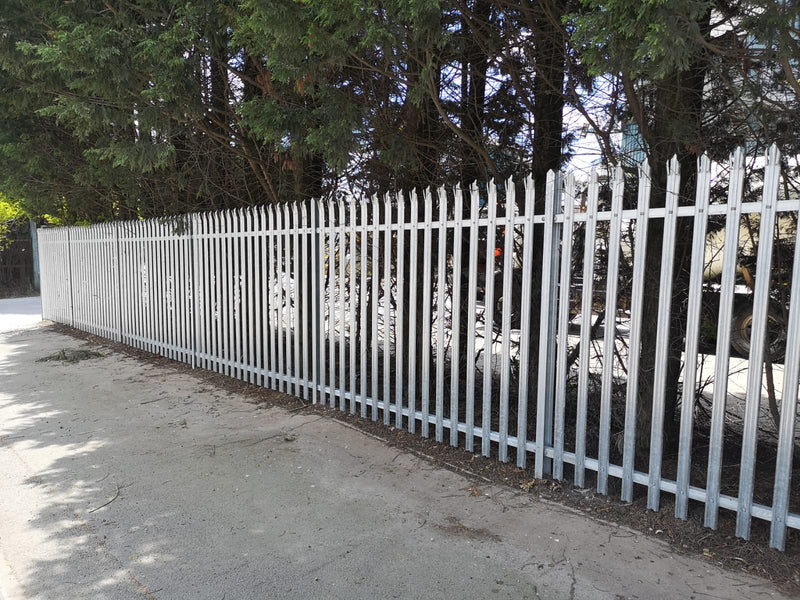 Galvanised Triple Pointed Palisade fitted in Fenton