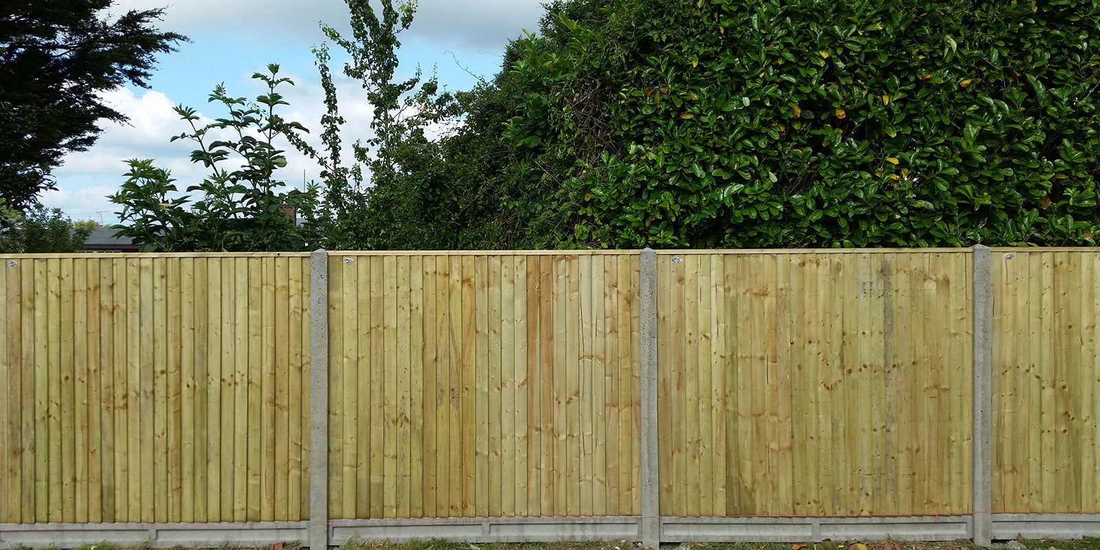 DOMESTIC FENCING, FENCE PANELS STOKE-ON-TRENT