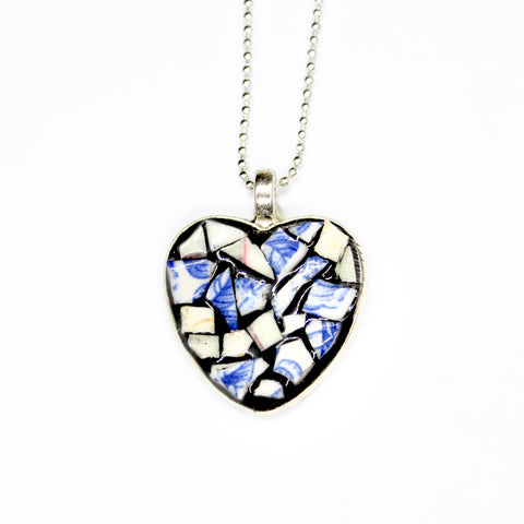 Mini Cut China Heart Pendant