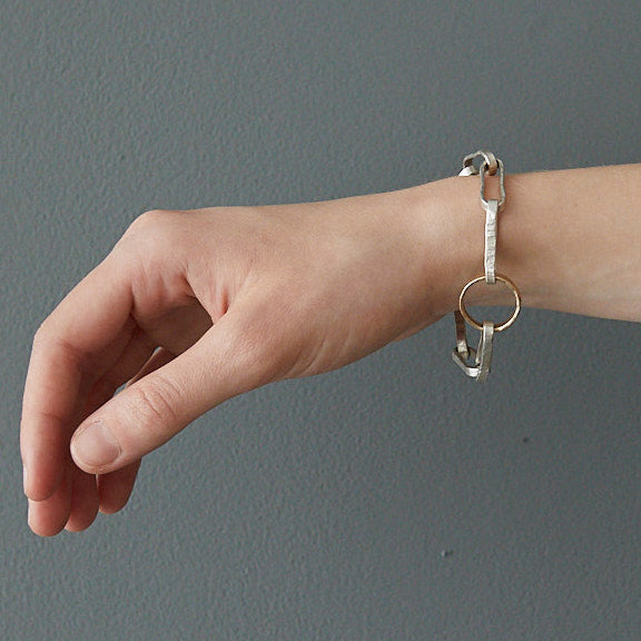 HerbertandWilks Chain Reaction - Narrow Oval and Circular Chain Bracelet close up