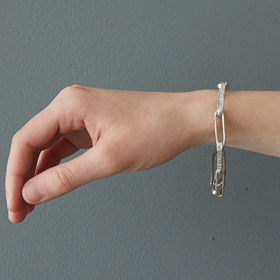 HerbertandWilks Chain Reaction - Narrow Oval Chain Bracelet close up