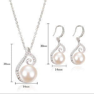Crystal Pearl Pendant Necklace and Drop Earrings Gift Set