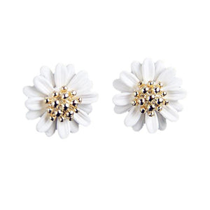 Women's Fashionable and Elegant Daisy Flower Stud Earring, White