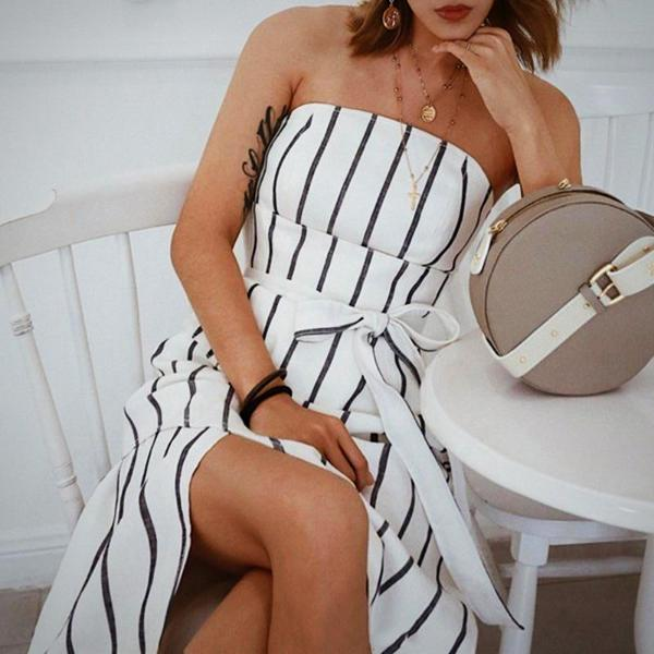 Fashionable and cozy, this Striped Bandeau Wide Belt Midi Dress, White is the perfect addition to your seasonal wardrobe.