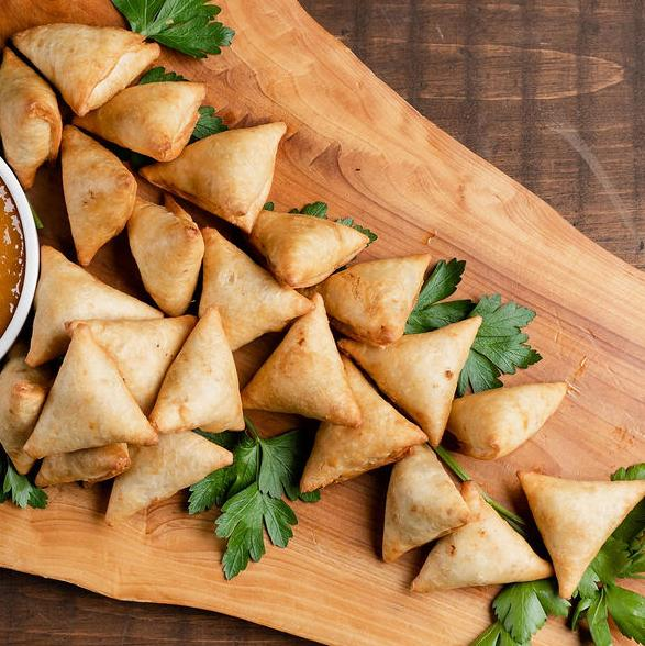 Mini Vegetarian Samosas serves4 10tationHome