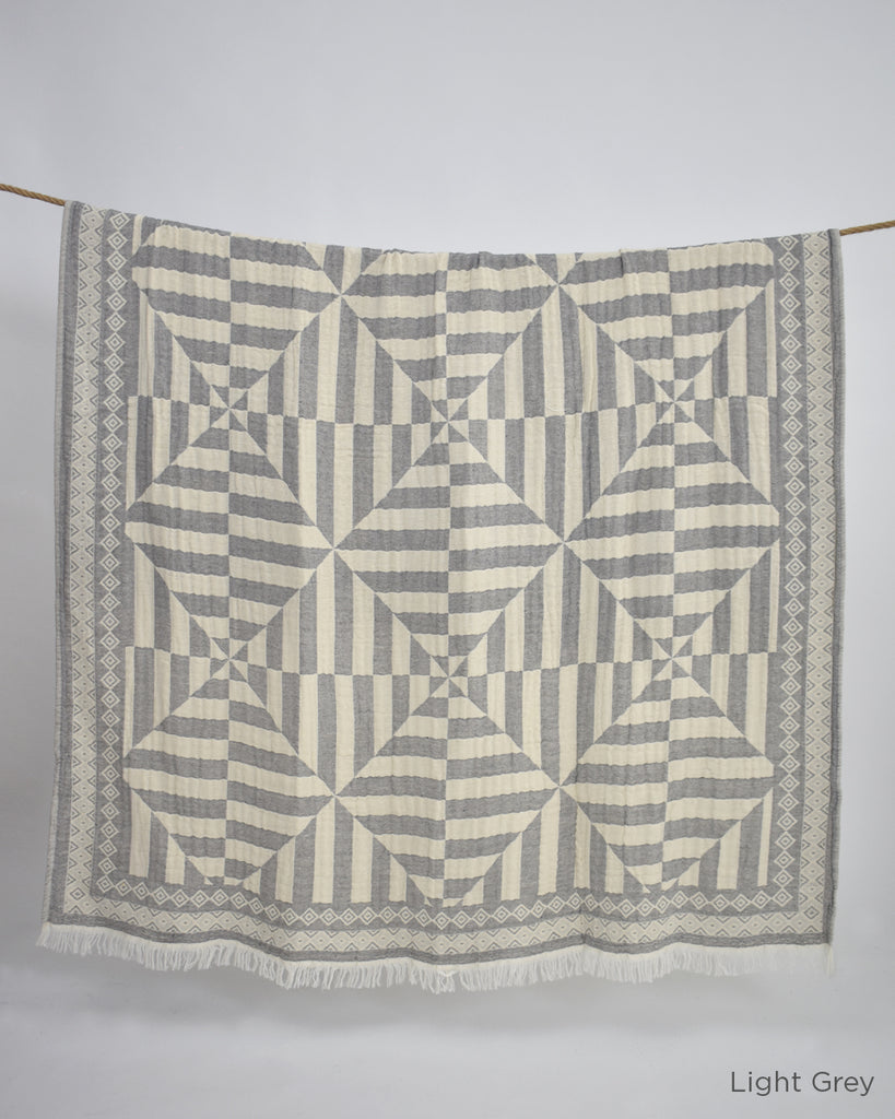 Modern Cotton Throw – Light Grey