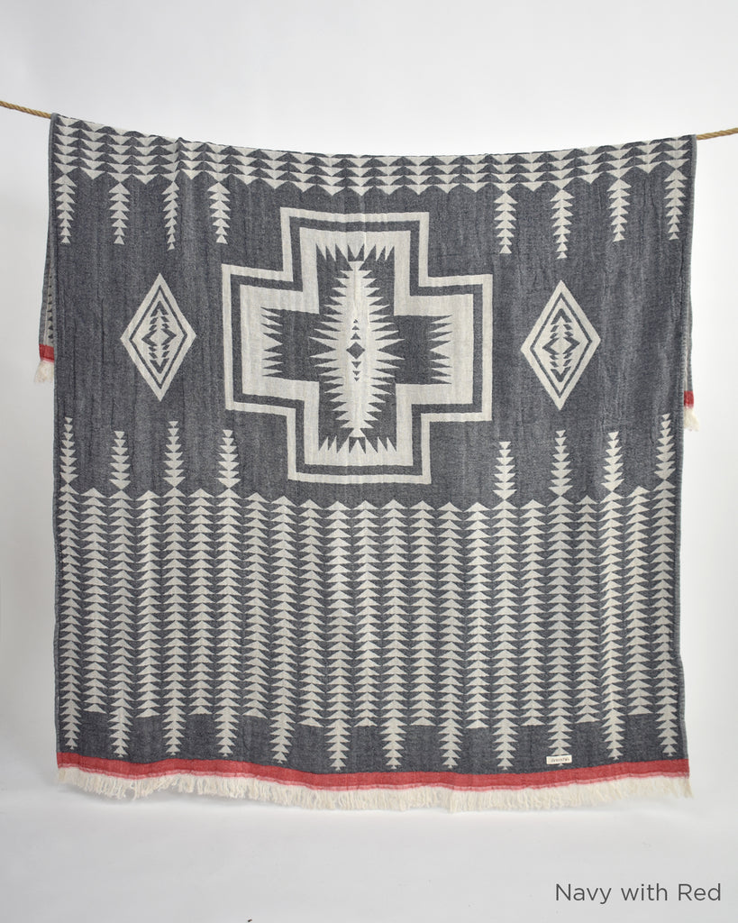 Yaban Cotton Throw – Navy with Red