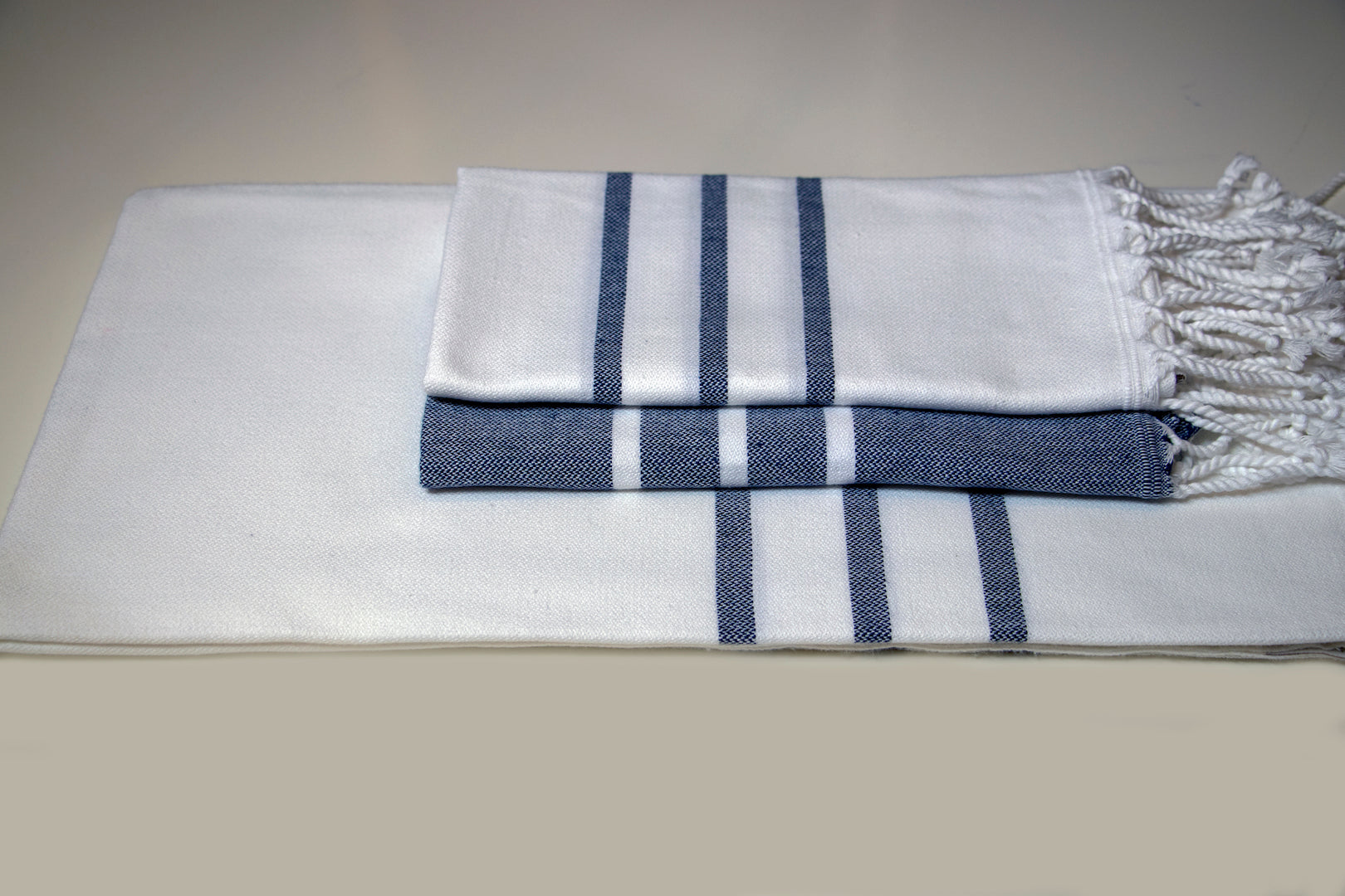 Turkish Hand Towel Collection - white & Navy