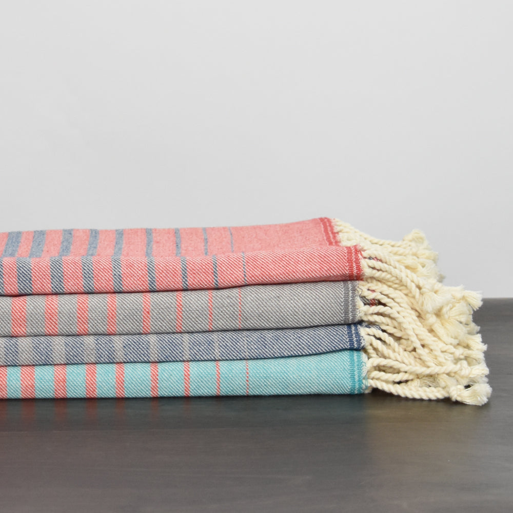 Coral & Turquoise Bath Towel – Illusion Collection