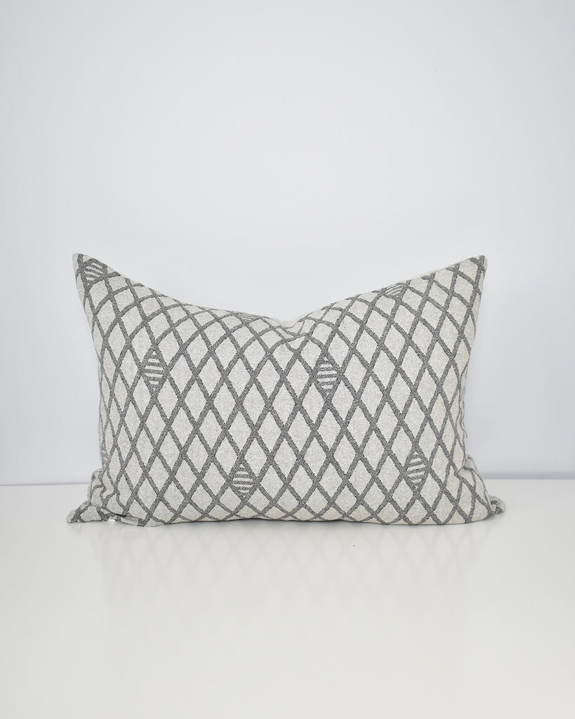 Diamond Lattice Pillow Cover