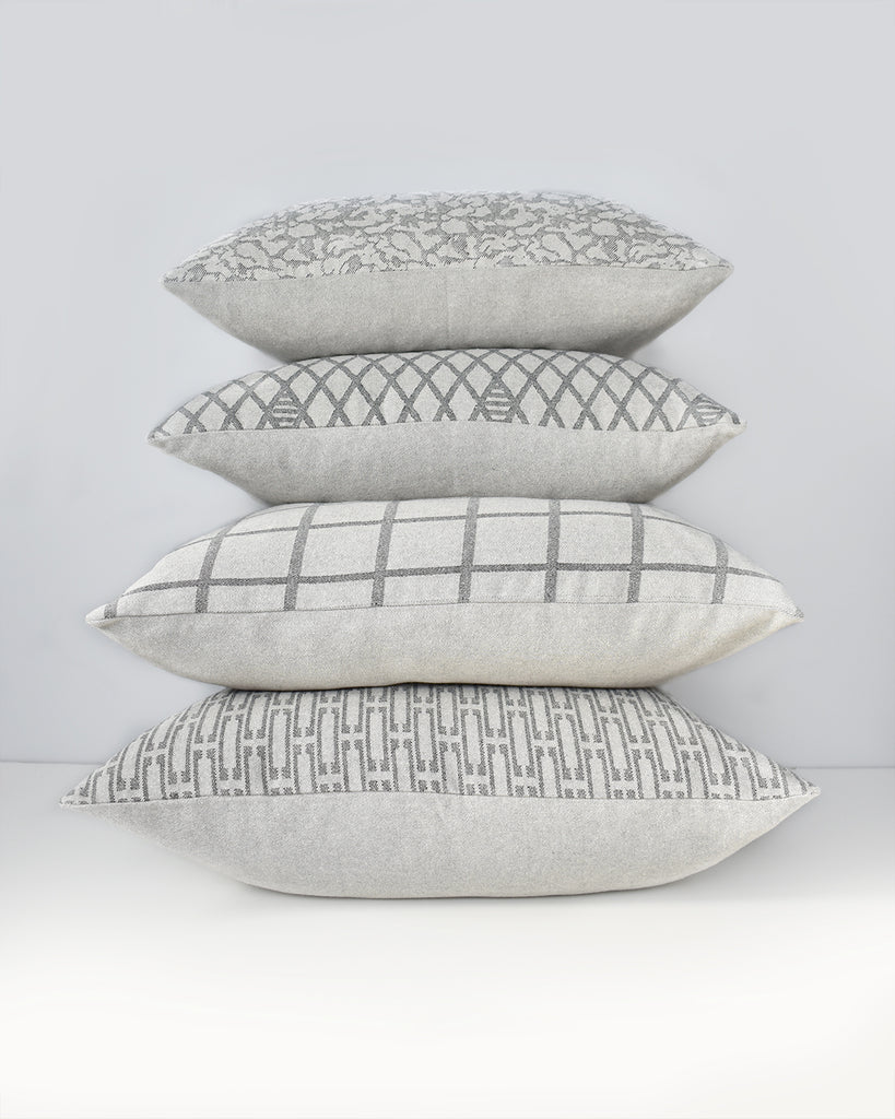 Grey Links Pillow Cover