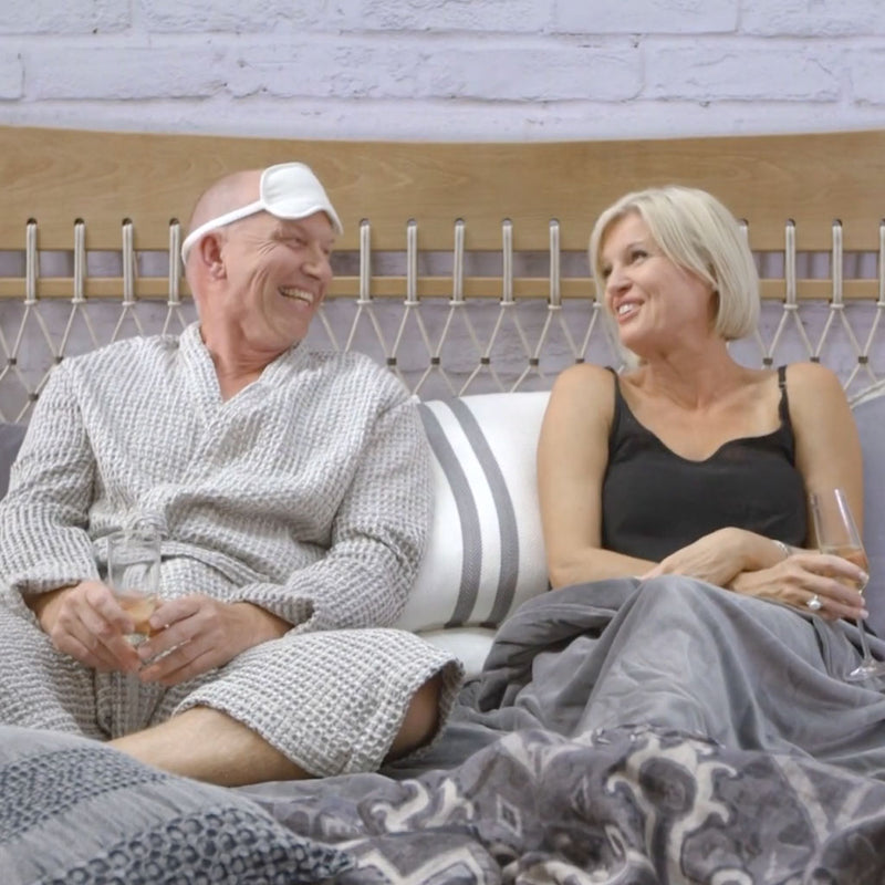 IN BED WITH EADIE - ANDREW FROM SATARA LIVING