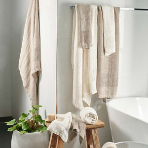 Eadie Lifestyle's Mayla 100% Linen bath Towels in Ivory and natural