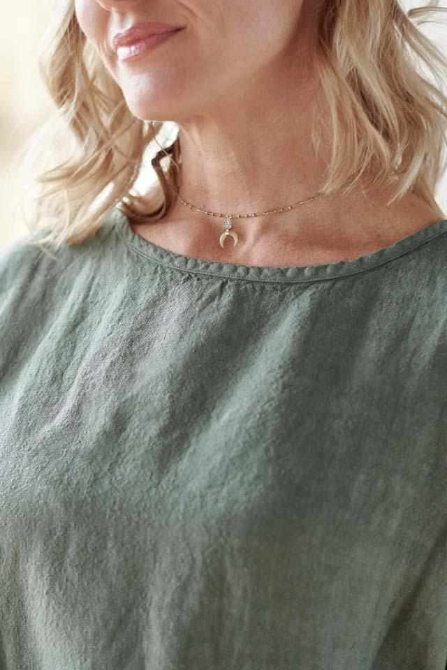 Neck detail on Khaki Euro Linen Pocket Dress with side pockets