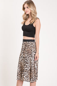Spot On Pleated Skirt (leopard) side