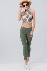 Running Around Like Crazy Skinny Pant - Olive (front vaca)