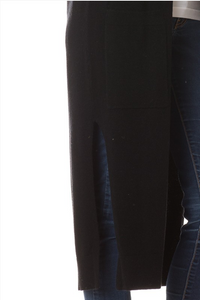 On Fleek Long Cardi- Black (closeup)