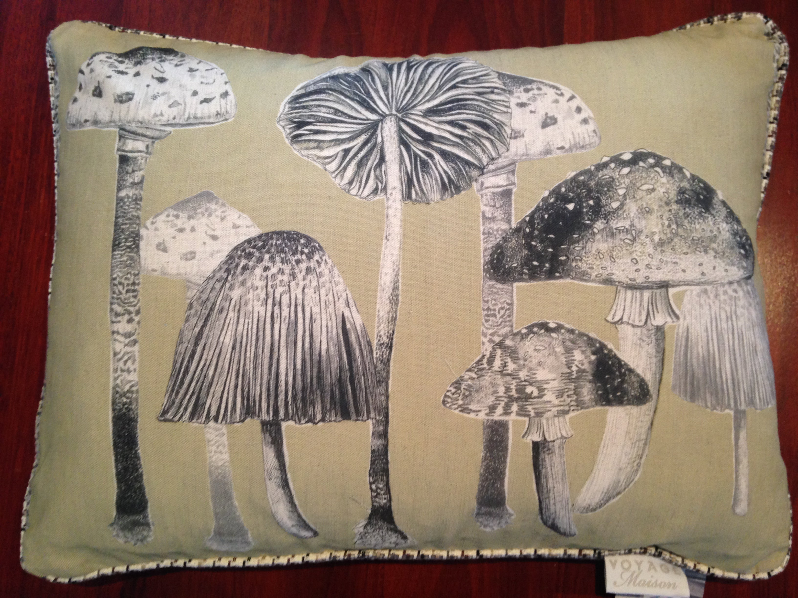 Funghi Linen Cushion - Tilly and Tiffen