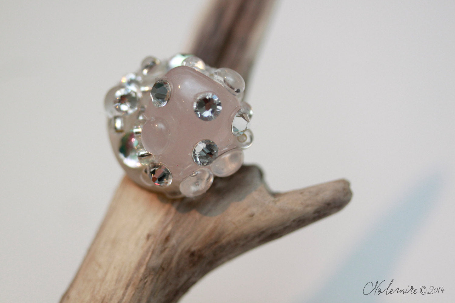 Ring with Rose Quartz and Swarovski rhinestones
