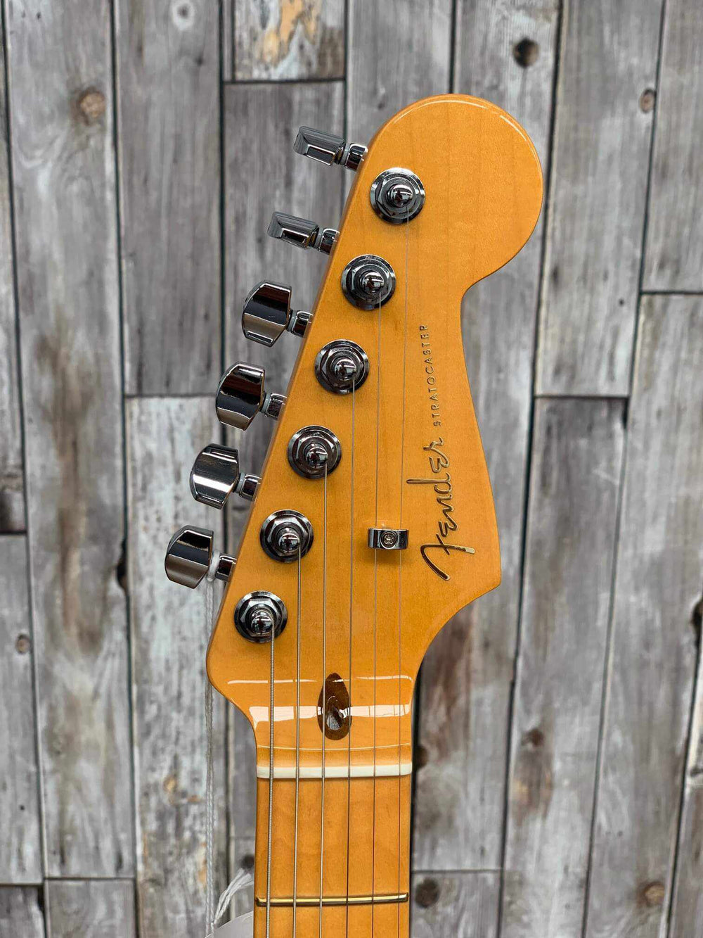Fender American Ultra Stratocaster, Maple Fingerboard, Aged Natural Electric Guitar