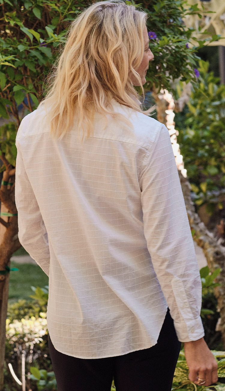 FRANK CLASSIC POPLIN TEXTURED WHITE GRID BACK VIEW - PAULA AND CHLO
