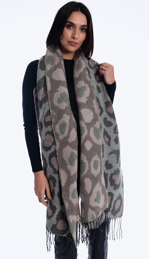 axin animal print scarf light olive + print