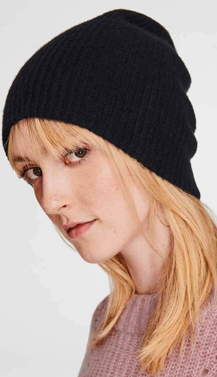 cashmere beanie in black