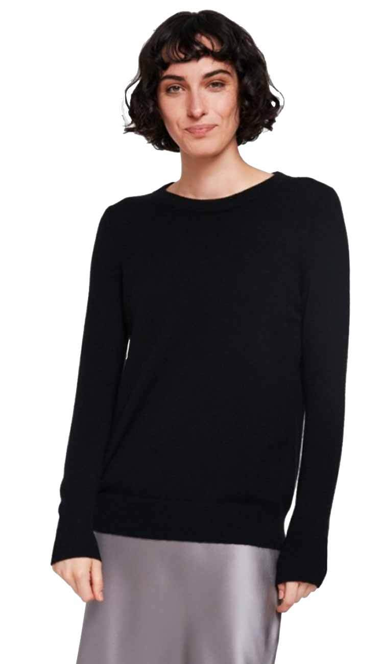 black crewneck cashmere sweater by white and warren