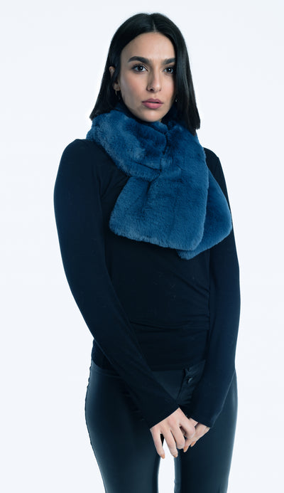 mirage blue pull through faux fur scarf