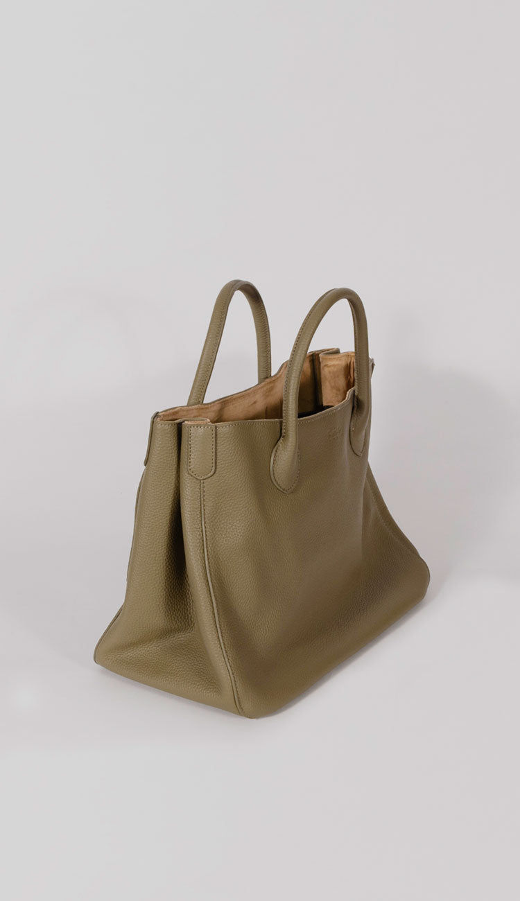 beck tote handbag side view in olive