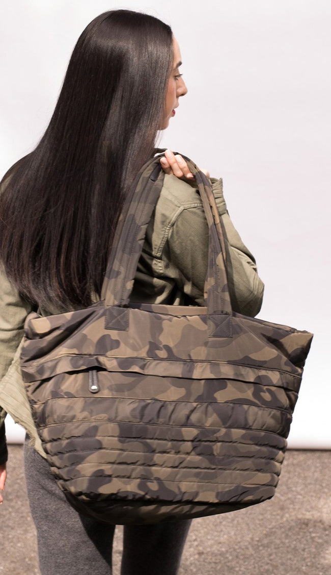 sondra roberts quilted camo tote in olive