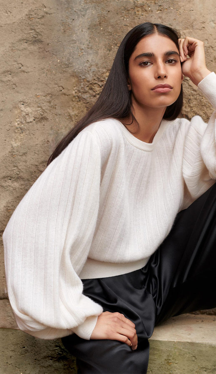 pleated sleeve cashmere sweater pearl white white and warren