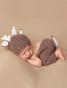 Hartley Deer Newborn Knit Set