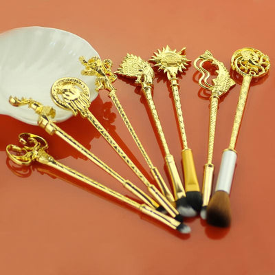 Antique Game of Thrones Makeup Brushes