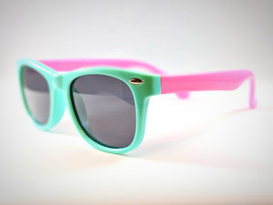 Central Park Wayfarers in Mint