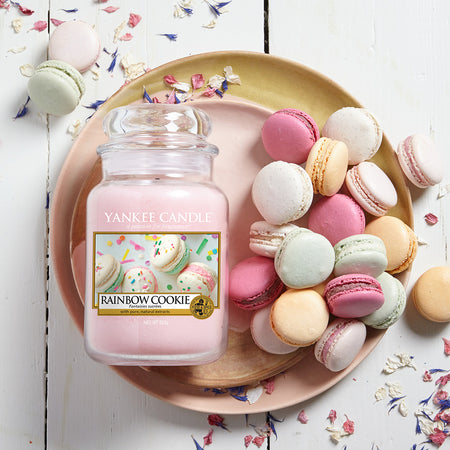Yankee Candle Celebrates Life's Simple Pleasures