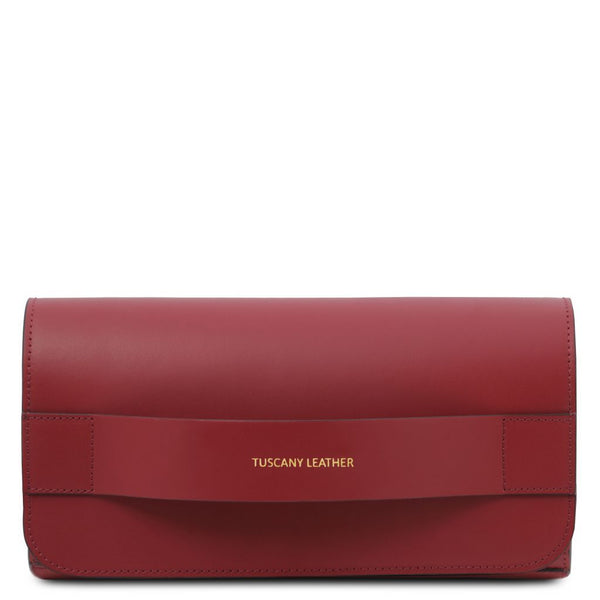 Giulia Leather clutch with chain strap