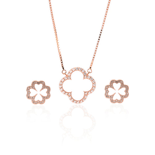 Sparkling Clover Pendant Necklace and Earrings Set - ARJW1022RG - ARCADIO LIFESTYLE