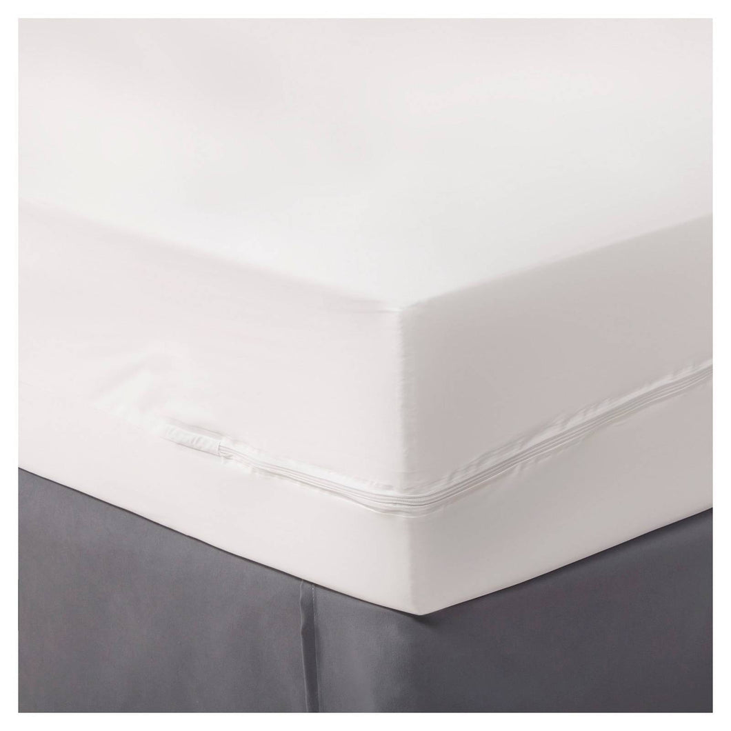 http://www.ebay.com/i/Zippered-Mattress-Protector-White-Queen-Room-Essentials-153-/282376982651