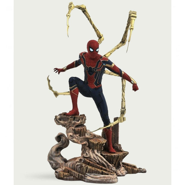 AVENGERS 3: INFINITY WAR IRON SPIDER PVC STATUE